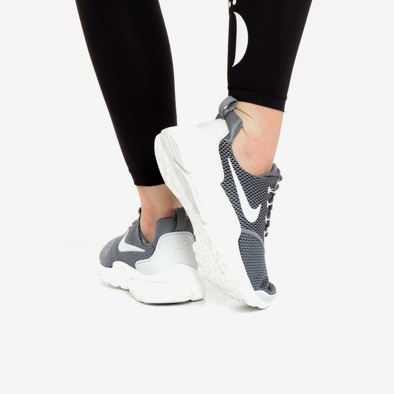 NIKE WOMEN'S PRESTO FLY DARK GREY/WHITE